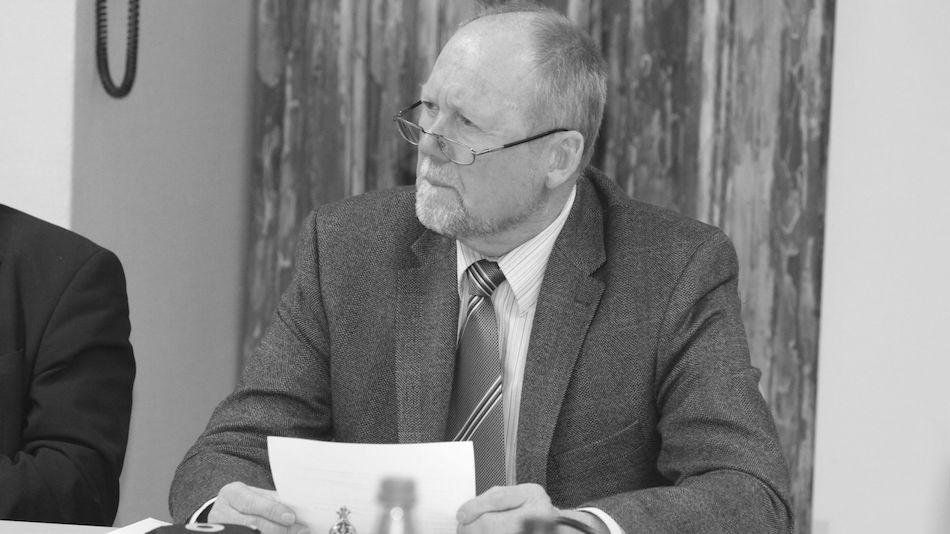 Trauer um Wolfgang Ullrich